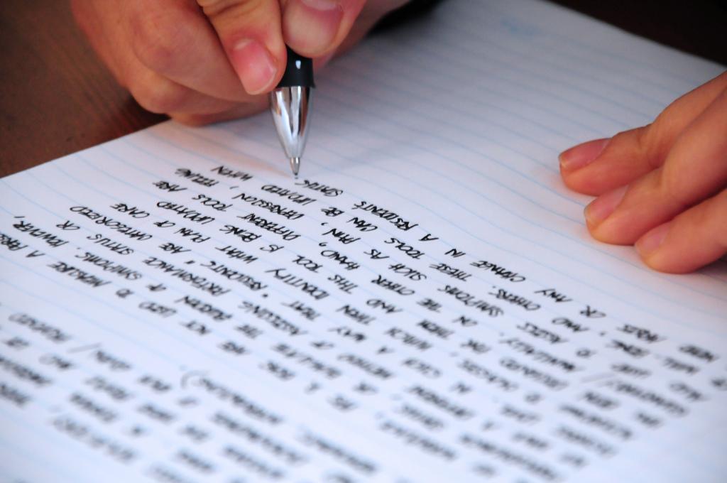 耶鲁大学和达特茅斯招生官告诉你Essay应该怎么写