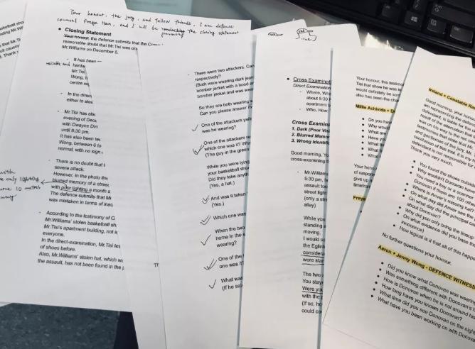 第二层次:读与写作题材相关的材料